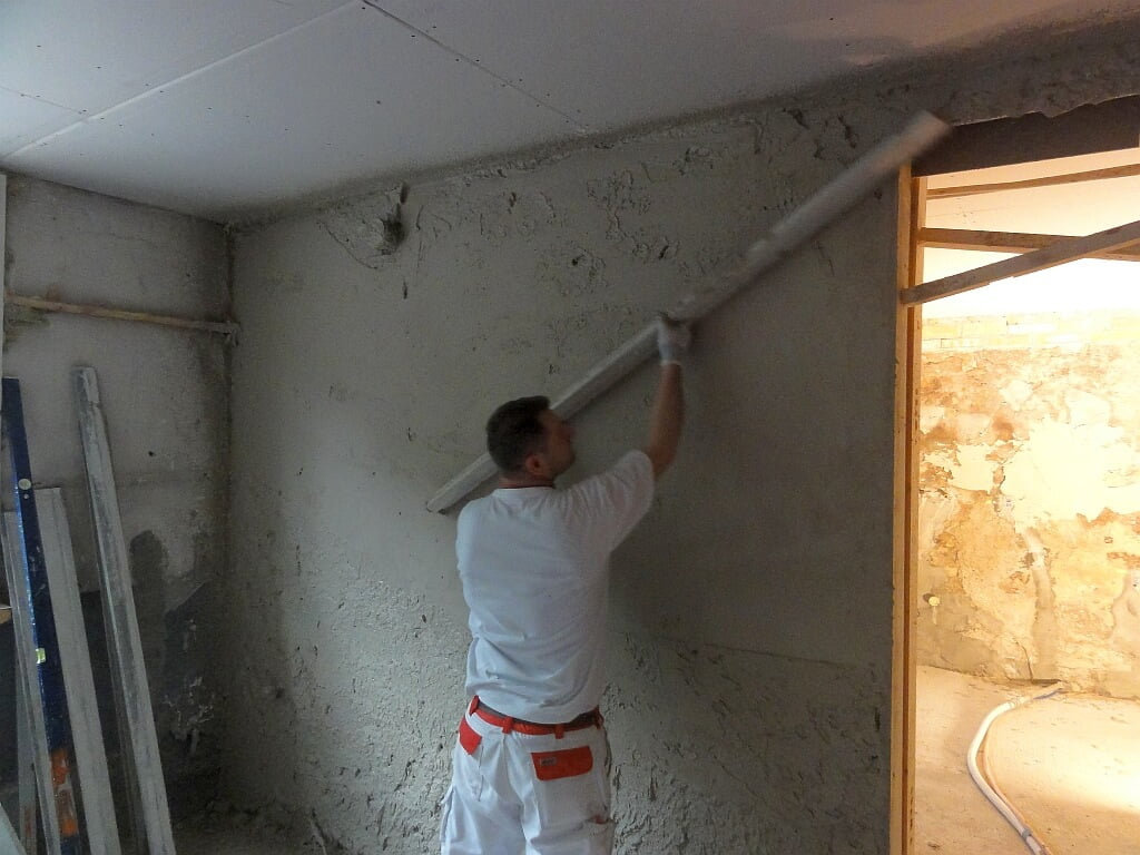 Verputzarbeiten durch die Viktor Wyss AG in Riedholz, Solothurn